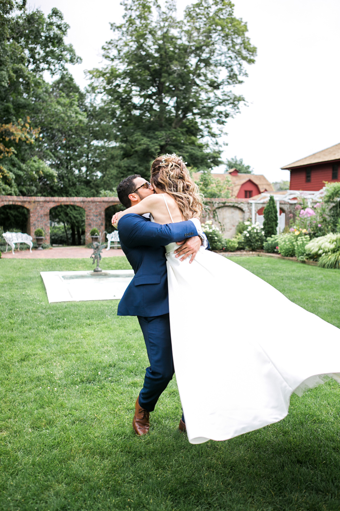 Keeler Tavern Wedding | Ridgefield CT | Brigham & Co | CT Wedding Photographer | Top 10 Connecticut Photographers | Romantic | Natural | Candid | Bright | Airy Unique